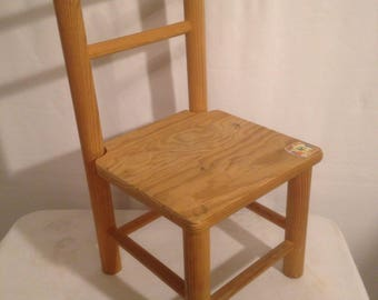 Chair child ICU furniture in pine Made in France Vintage