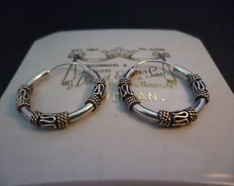 """Small vintage sterling silver hoops - 925 - 0.8"""" x 0.8"""""""