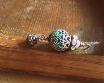 Vintage Rustic Style aged verdigris wrapped filigree drop with rhinestone crown pendnat charm