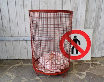 Metal Wire Basket red laundry basket Industrial