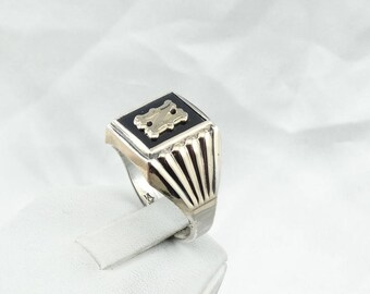 "Vintage 10K Gold And Sterling Silver and Onyx ""N"" Signet Ring Size 11  #GOLDN-SR"