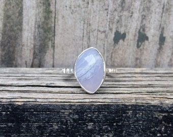 Blue Lace Agate Ring - Light Blue Ring - Faceted Stone Ring - Sterling Silver - Nature Ring - Bark Ring - Stacking Ring - Agate Ring - Blue