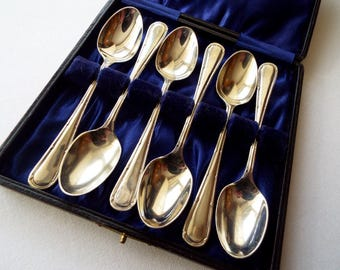 Vintage Teaspoons, Silver Plated. 1930s Boxed Set of Tea Spoons, Made In Sheffield. Perfect for an Afternoon Tea Party. Excellent Condition