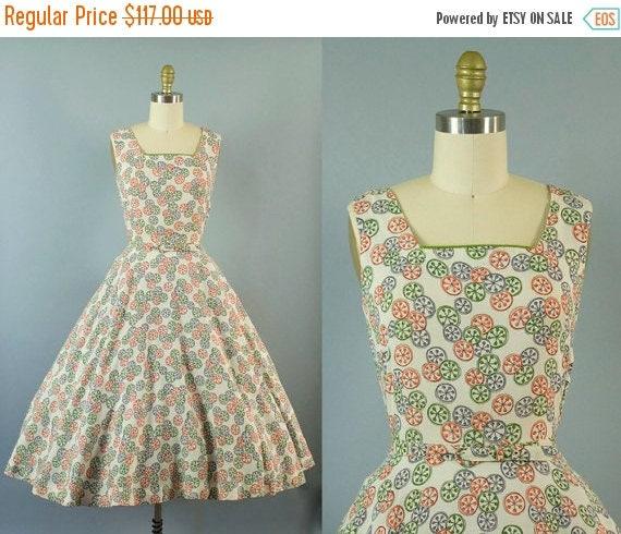 SALE 15% STOREWIDE 1950s novelty print dress/ 50s pinwheel rayon blend sundress/ medium