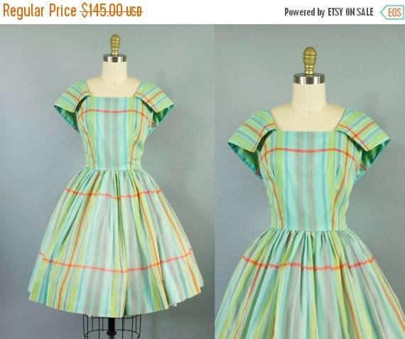 SALE 15% STOREWIDE 1950s plaid cotton dress/ 50s sailor collar sundress/ medium