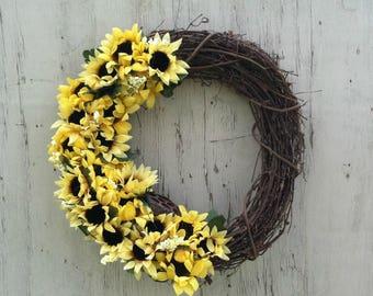Sunflowers, Rustic, Grapevine Wreath, Sunflower Decor, Country Wreath, Door Wreath, Yellow, Rustic Wreath, Sunflower Wreath, Summer Wreath