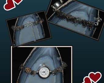 Silver plated heart chain bracelet .