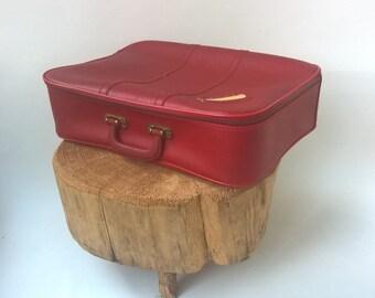Mid centuries vintage faux leather /vinyl suitcase bag 1970