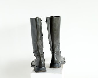Vintage Costume National riding style boots, dark forest green with side zipper and rubber crepe soles Euro 39/8.5 US