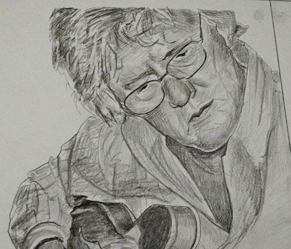 Custom pencil portrait drawn from your photo. Your memories come to life again in Nica's exquisitely detailed portraits.