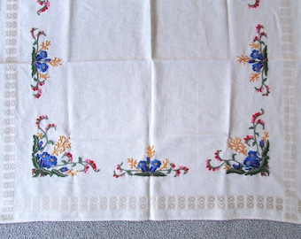 Vintage Embroidered Tablecloth | Square Tablecloth with Flower Embroidery | German Table Linen | Mid Century Decor