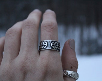 Sterling Silver Vine Ring // Size 9-9.25