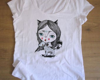 """Hand painted t-shirt """"i'm a cat"""" Shipping included-hand painted t-shirt """"I am a cat"""" shipping included"""