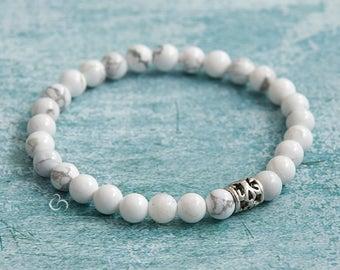 White howlite bracelet White beaded bracelet White and grey marble stone Stacking bracelet Matching jewellery Protecting jewelry / 6mm