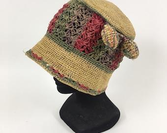 Vintage 1920s raffia crochet cloche hat