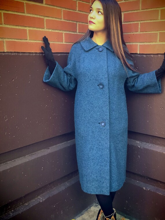 Sale! Vintage 1960s, Blue Wool Coat // 60s, Retro, Fall, Winter, Women's Size Large