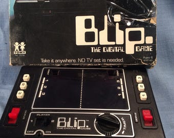 Blip The Digital Game by Tomy 1977 Handheld Electronic Works ET1G
