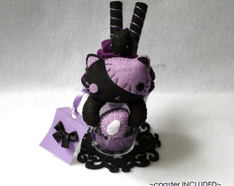 Kawaii Voodoo Stitch Cat Strawberry Felt Parfait, Gift Tag, Black Cat Plush, Goth Desk Decor, Gothic Lolita, Pastel Goth Plush, Pale Grunge