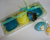 Blue Yellow Exclusively Designed Easter Gift Set, Luxury Floral Scented Soaps, Handmade Blue Glass Decorative Egg, Easter Hostess Party Gift
