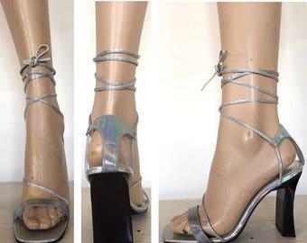 Vintage 90s Holographic Metallic Rainbow Lace Up Block Heel Sandals Gladiator Pastel Grunge 00s Cyber Goth Club Street Wear 1970s 70s 1990s