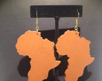Large, Brown Africa Earrings!