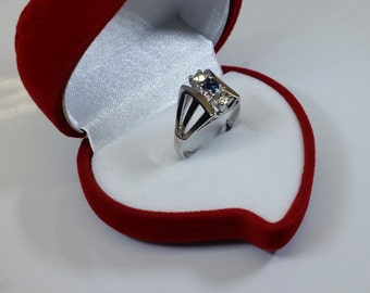 17.3 mm ring 925 Silver Sapphire and crystals SR146