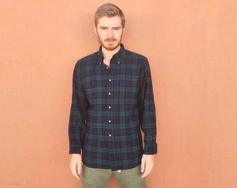 60s 70s Pendleton Black Watch Tartan Wool Flannel Shirt size LARGE ~ 24606