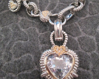 SALE>>Bold, Chunky HEART necklace>Silver>>  Unusual & So Pretty>> Vintage 1980's, new old stock