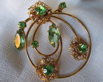 Vintage Green Crystal and Gold-tone Brooch Simple Elegance