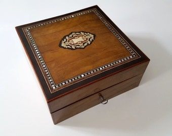 XIX Boulle - 20744 inlay jewellery box