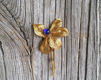 Stunning French Vintage Mid Century Gold Wire Flower Brooch with Blue Glass Stone  -  Rare 1950s Vintage Brooch