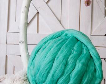 Arm knitting yarn, Super bulky yarn, Giant wool, Roving, Merino roving, Merino wool yarn, Chunky yarn, Bulky yarn, Big yarn, Merino wool