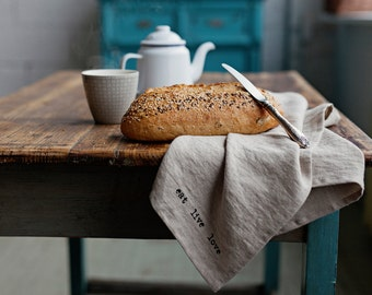 Printed linen tea towel made of stonewashed linen, natural flax colour.