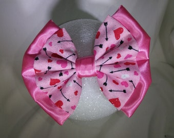 Valentine heart hair bow