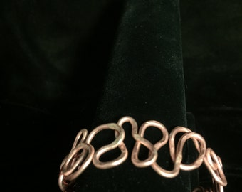 Twisted Brass Metal Painted Pink