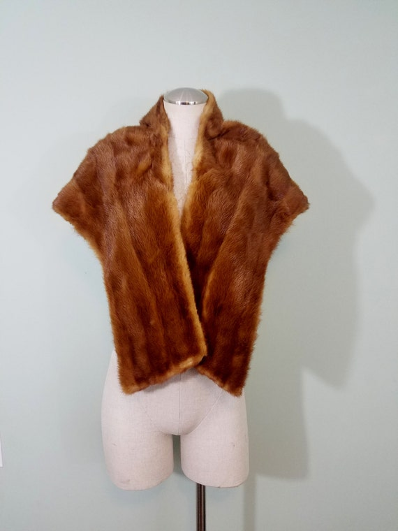 1950s-1960s Red Fox Fur Stole /  Luxe, Soft, Mid Century Mantle / Premiere Fur, Sherbrooke, Quebec / Open, Free Size