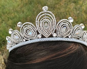 Our GENEVIVE Tiara Swarovski Crystals, Luxury Wedding Crown, Hair Accessories, Rhinestone Crown, Tiara, Vintage Crown, Pageant Crown, prom