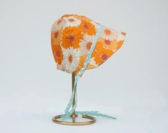 Vera Sun Bonnet // reversible baby bonnet // baby sun hat // girls sunbonnet // cotton bonnet // modern bonnet