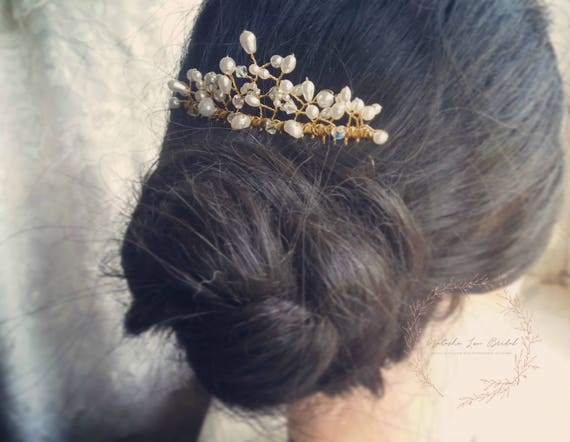 Simple Pearl and Crystal Bridal Hair Comb