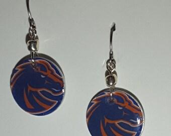 Boise State Broncos earrings, Boise State Broncos jewelry, Boise State, Idaho, school spirit jewelry