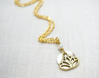 Gardening Gift Abalone Shell Disk Necklace Gold Lotus Flower Necklace Dainty Lotus Necklace White Pearl Pendant Tiny Charm Necklace Yoga