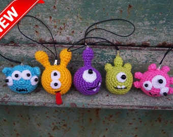 Monsters toy Keychain aliens Little crochet toys Set birthday party gifts kids party favors Crochet Plush monster Baby Nursery Decor Stuffed