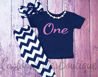 SALE ENDS 8/20 11PM Girls 1st Birthday Outfit, Navy Blue Chevron, Glitter Pink, Navy Blue Shirt,One Year Old, Girls Birthday Outfit, Legging