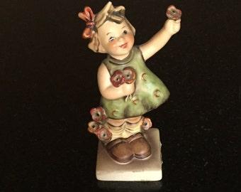 Vintage Goebel Figurine M.I. Hummel Spring Cheer #72 TMK 5