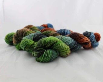 Captian Planet - Worsted Weight - Doreen Base - 100% Merino - 220 Yards/100 Grams