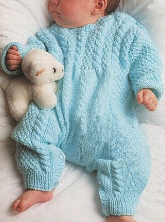 I made one for ted so Annabell had to have one too. This is an all in one sleepsuit in double knitting yarn, with raglan shaping. The suit can be made with or without feet.