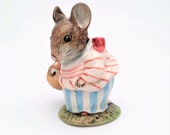 Vintage Mrs. Tittlemouse Beatrix Potter Figurine, Beswick, England Backstamp, ca. 1948-1960