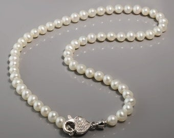 Pearl Necklace with Crystal Heart -Peark Necklace -Silver Necklace -Heart Necklact -Breaded Necklace -Crystal Heart -Bridal Gift -UK Shop