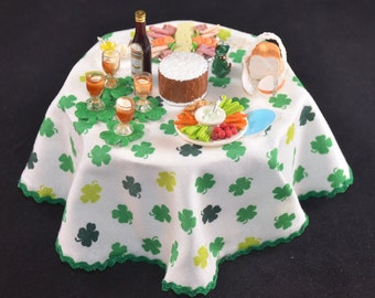 """Miniature St Patrick's Day Table, 1""""=1' Scale"""