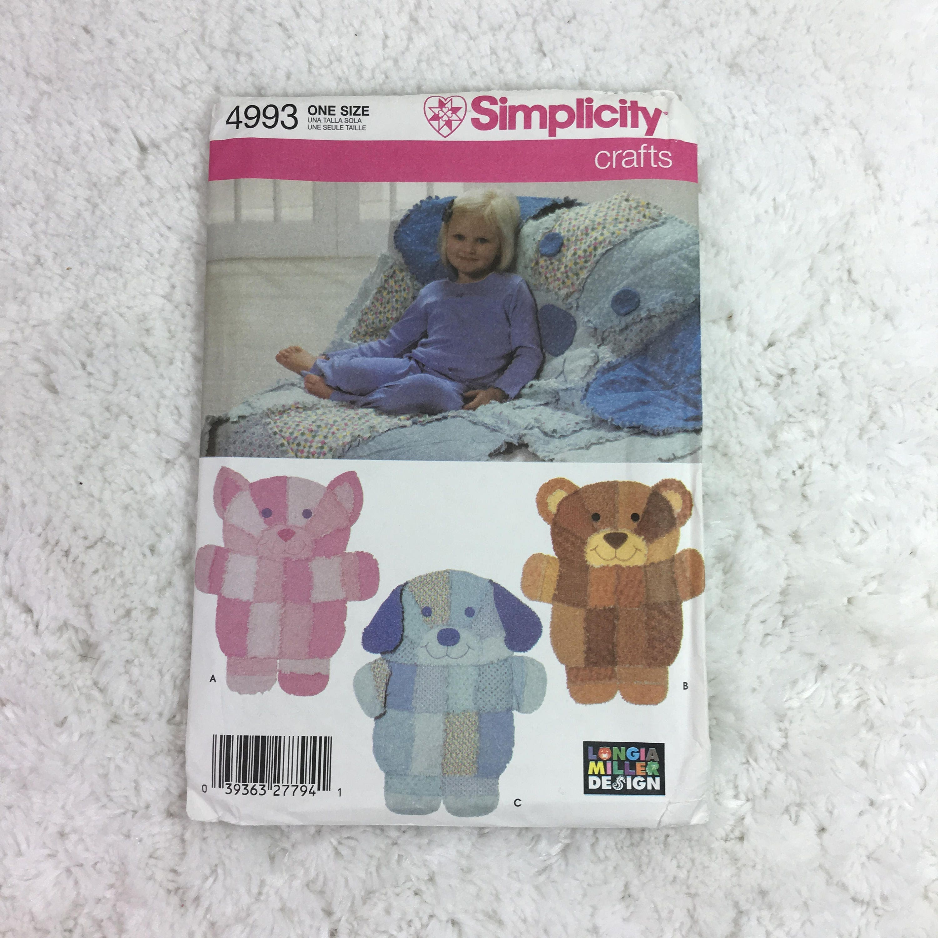 Simplicity 4993 crafts sewing pattern rag quilt wall for Simplicity craft pattern 4993
